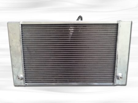 Additional Radiator in a bus for low temperatures 017.jpg
